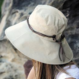 南国旅行に必須!紫外線対策バッチリのUVカット帽子